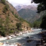 Kasol River side view